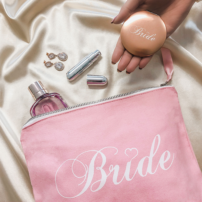 Mooi handspiegeltje voor de bruid voor een complete set