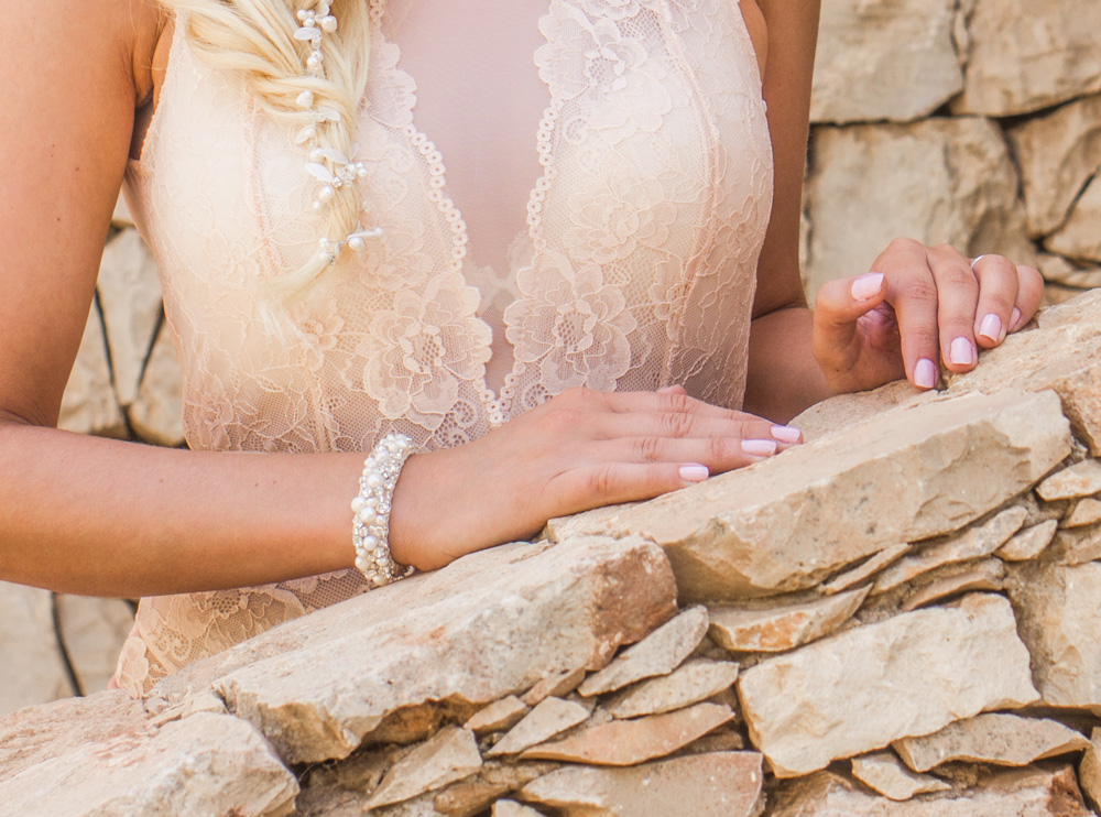 bride with bracelet from drks