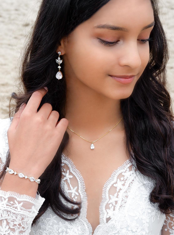 Mooie hanger oorbellen voor de bruid om te kopen
