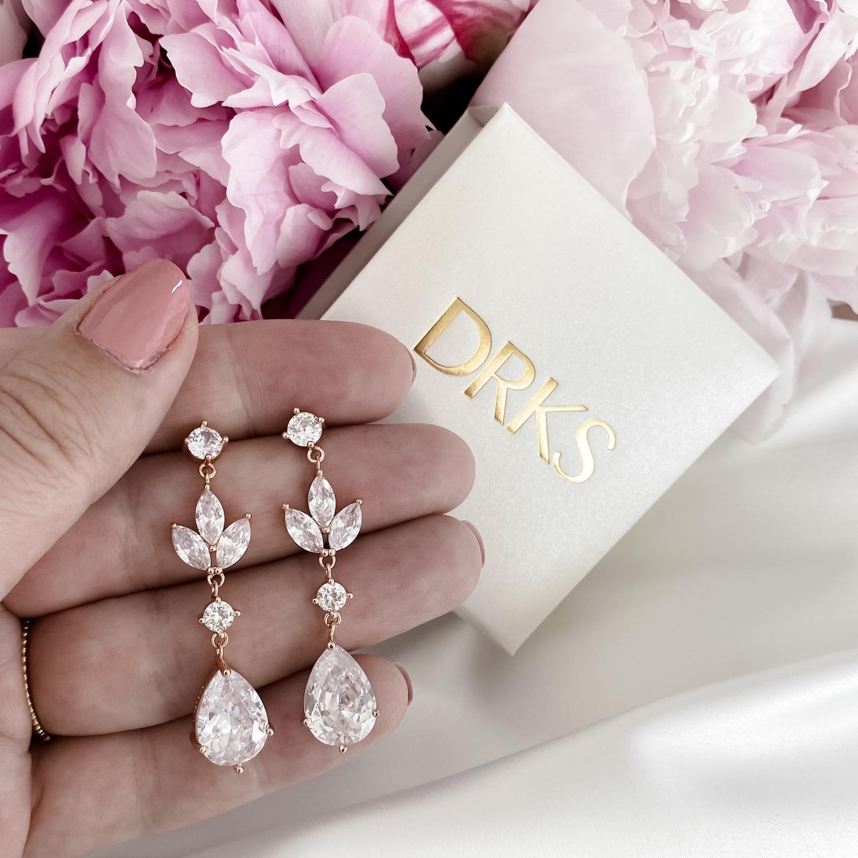Bruids oorbellen in de kleur rose goud met sieradendoosje