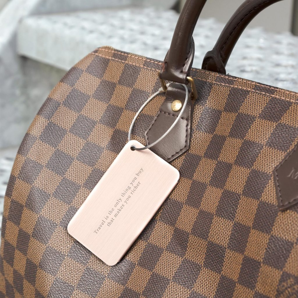 rose kleurige kofferlabel met gravering