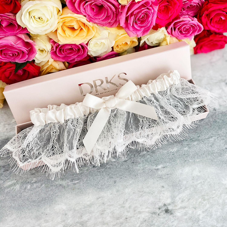 mooie kousenband met een strik
