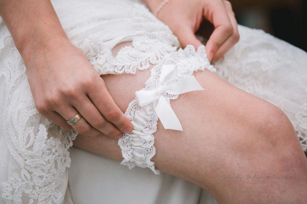 kousenband bij bruid