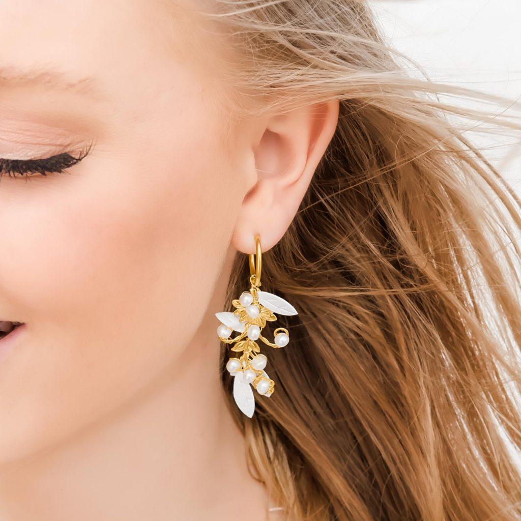 Mooie oorbellen voor de bruid