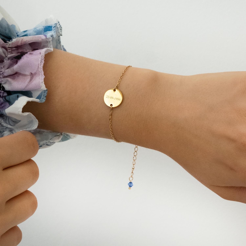 gouden armband met gravering en birthstones