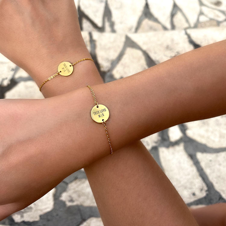 gouden moeder en dochter armbandjes met gravering