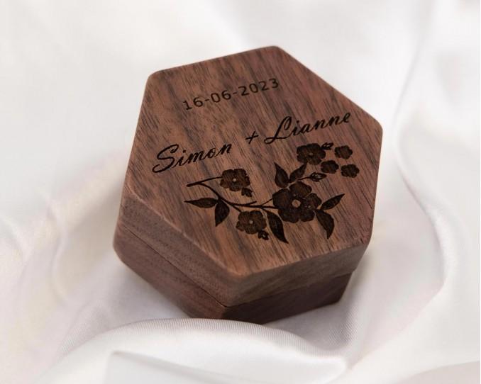 houten ringendoosje DRKS graveerbaar